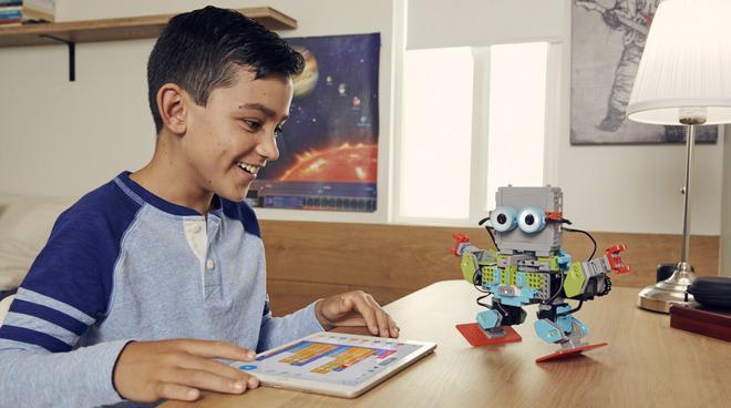 Apple Store 独家发售 MeeBot 2.0 教育机器人套件