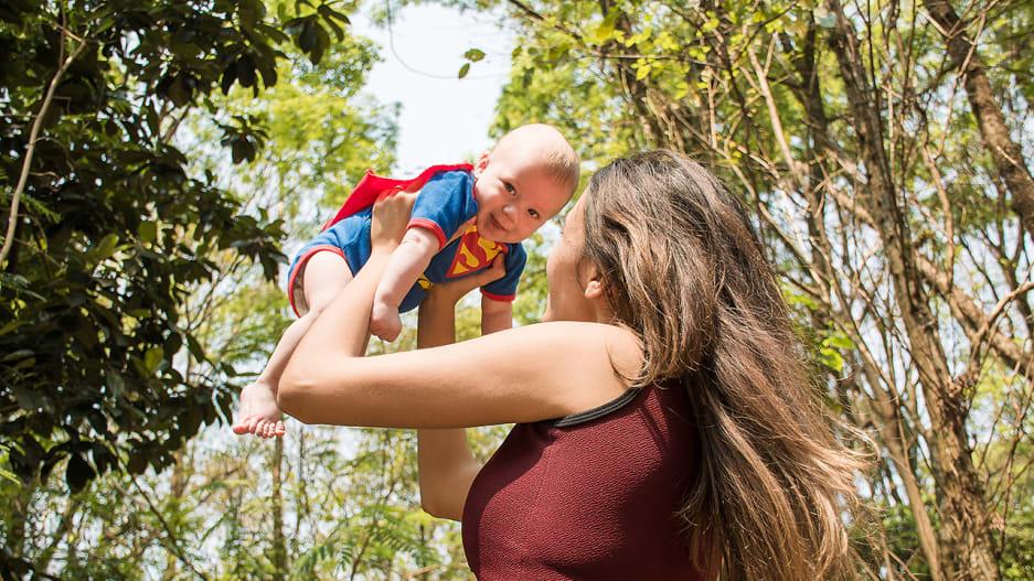 苹果为新生父母提供福利:额外 4 周假期,最长 112 天