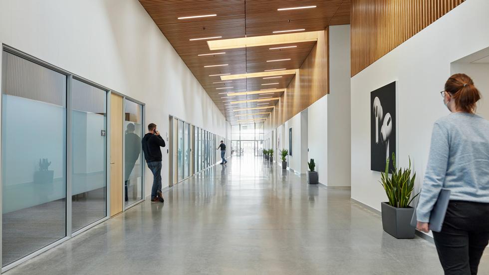 苹果丹麦维堡数据中心投入使用 100% 由清洁能源供电
